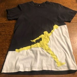 Air Jordan Youth t-shirt.  Size Medium.